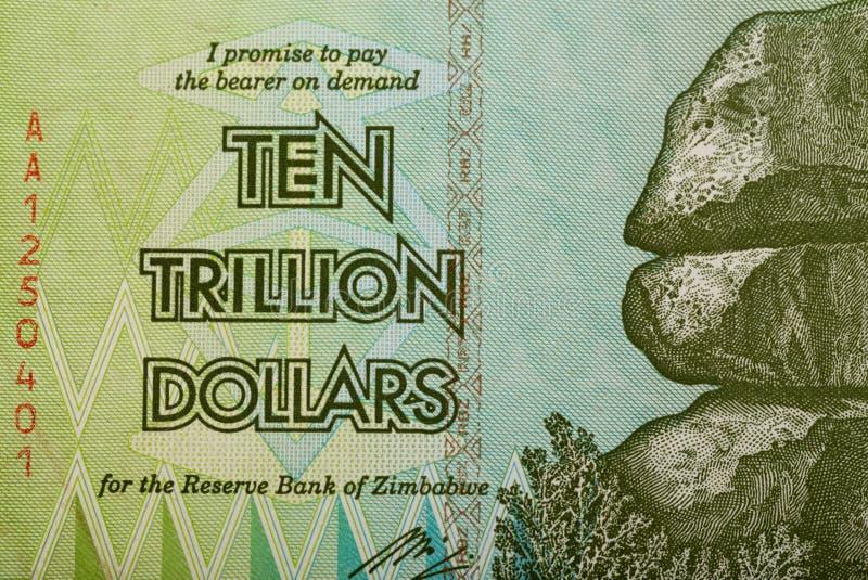 Le Zimbabwe vingt milliards de dollars de billet de banque photo stock