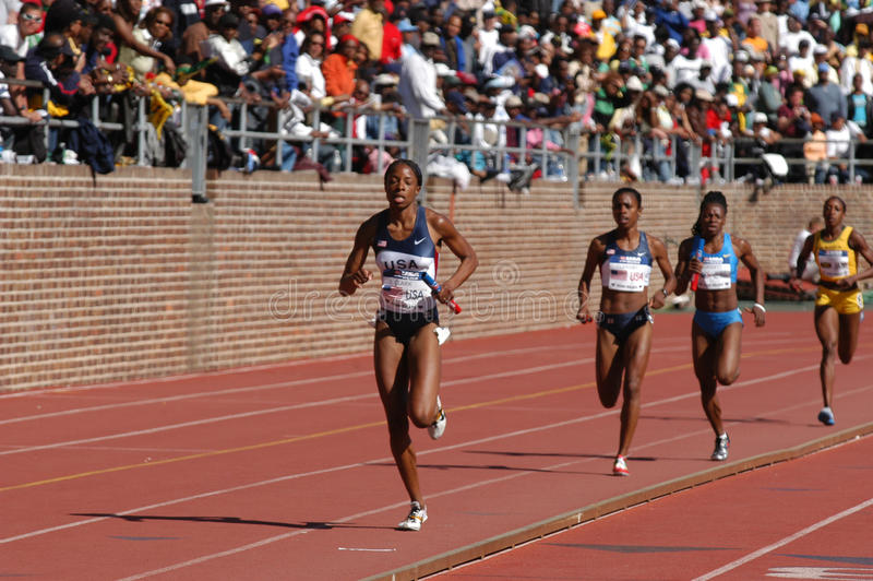 leads race relaylöpare fotografering för bildbyråer