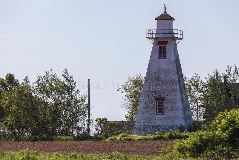 Leards-Rückseiten-Strecken-Leuchtturm auf Prinzen Edward Island lizenzfreie stockfotos
