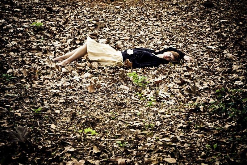 leaves woman στοκ φωτογραφία