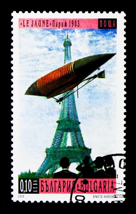 Lebaudy julliot-Nr 1 le Jaune over Parijs (1903), 100 Jaar Ai stock foto's