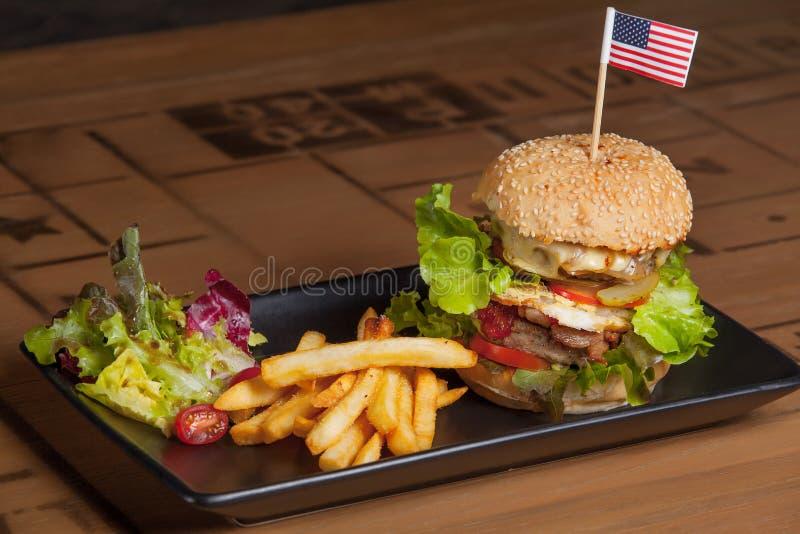 Lebensmittel-Burger stockbilder