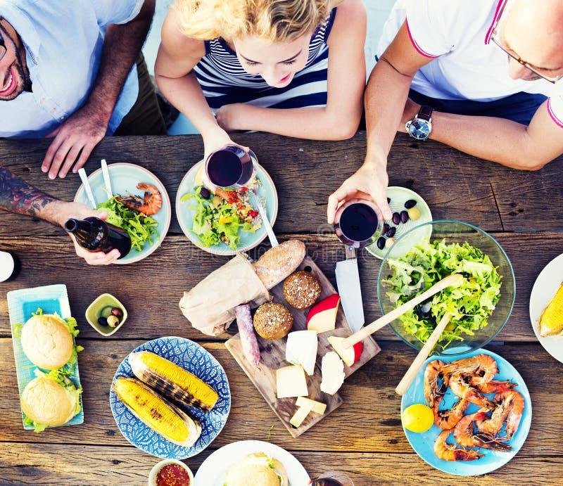 Lebensmittel-Tabellen-Feier-köstliches Partei-Mahlzeit-Konzept lizenzfreie stockfotografie