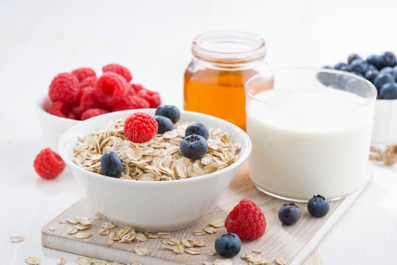 Lebensmittel zum ein gesundes Frühstück stockfotos