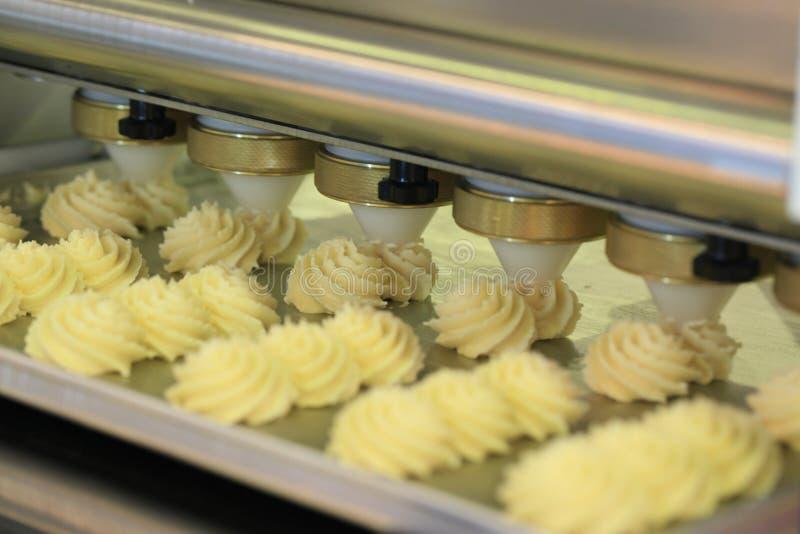 Lebensmittelindustrie. Produktion von Süßwaren. lizenzfreie stockbilder