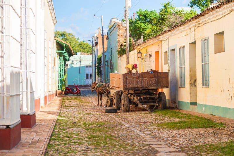 Lebenszene von Trinidad-Stadt in Mittel-Kuba lizenzfreies stockfoto