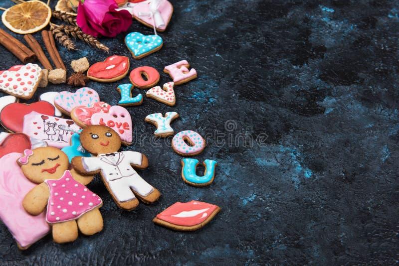 Lebkuchen für Valentinsgruß-Tag stockbild
