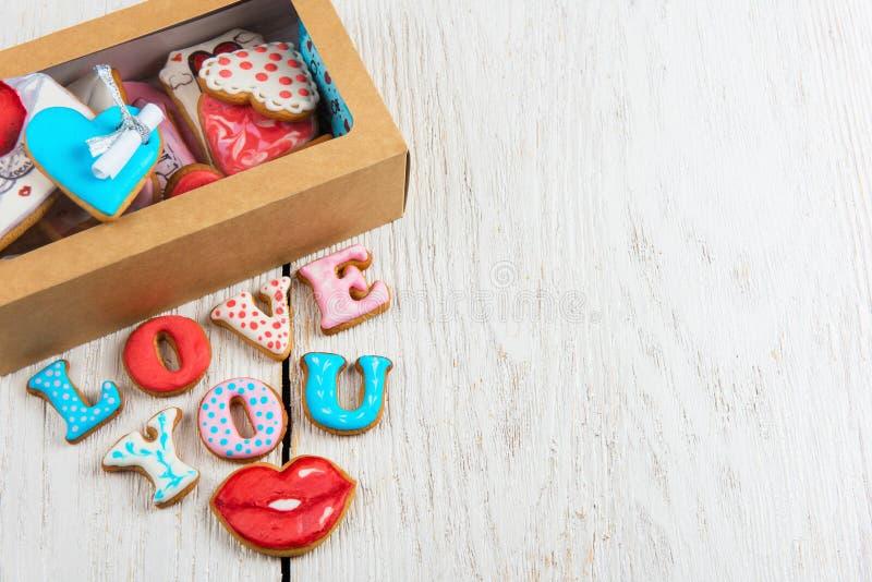Lebkuchen für Valentinsgruß-Tag lizenzfreie stockbilder