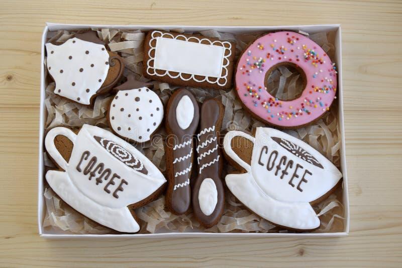 Lebkuchen sind in einem Kasten stockfoto