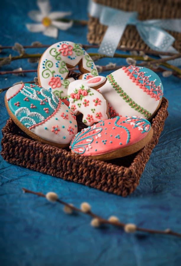 Lebkuchenplätzchen für Ostern lizenzfreies stockbild