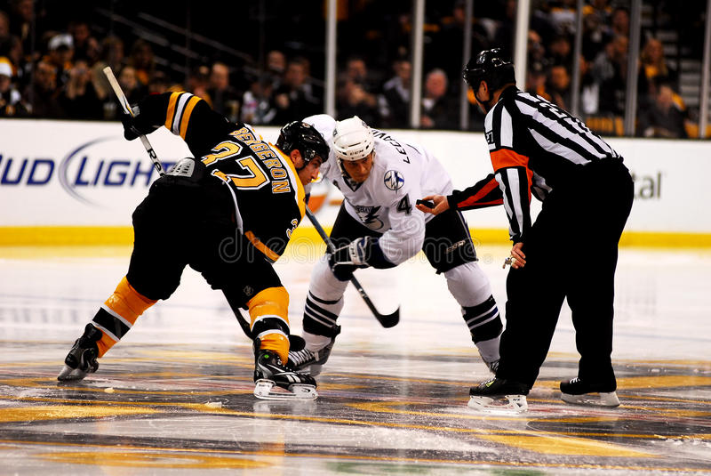 Lecavalier & Bergeron await the face-off stock photography