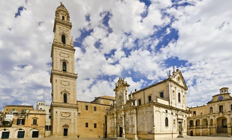 lecce巴洛克式的大教堂全景  免版税库存照片