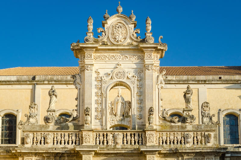 Leccekathedraal, St Oronzo standbeeld stock foto