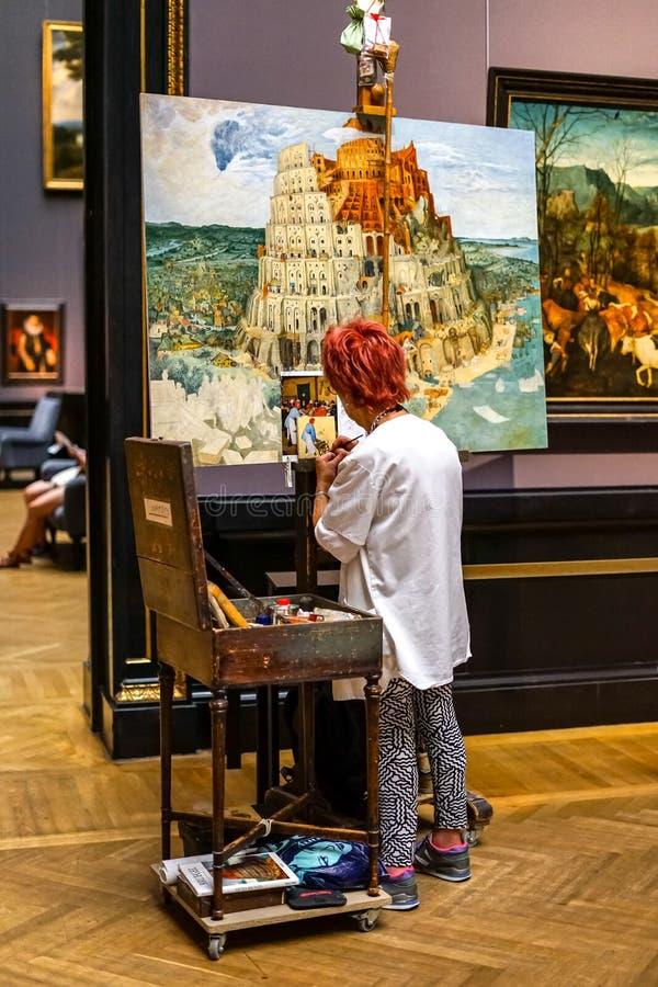 Lección de la pintura en el museo de bellas arte de Viena imagen de archivo