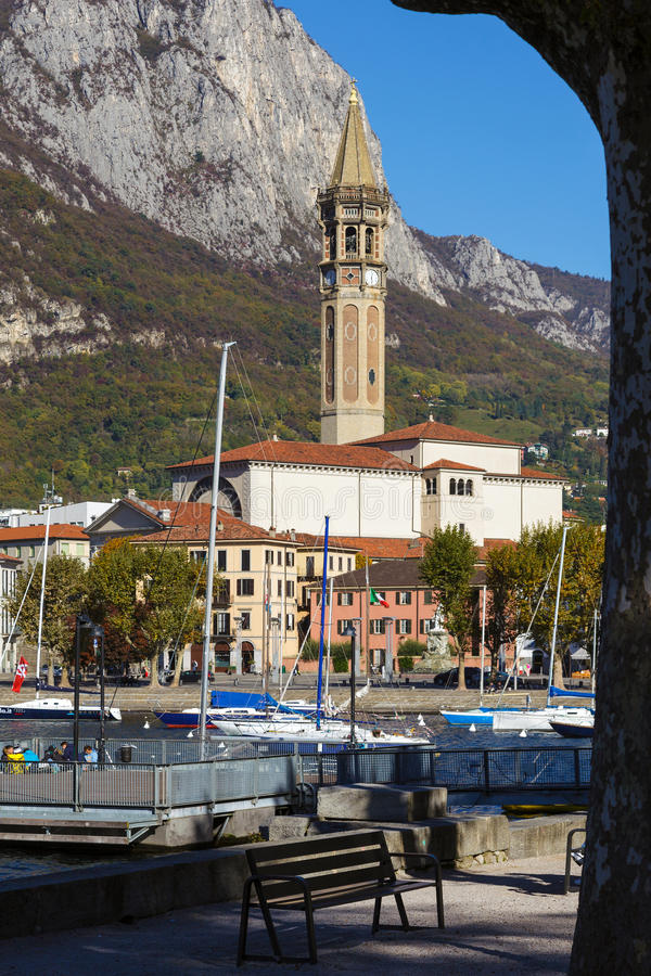 LECCO, ITALY/EUROPE - 29 OKTOBER: Mening van Lecco op zuidelijk stock fotografie