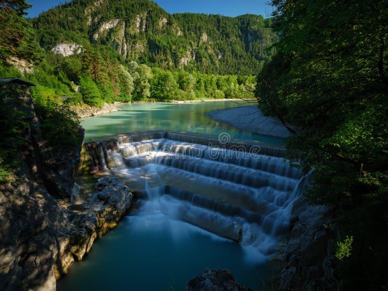 Lechfall in ¼ Deutschlands Pfronten FÃ ssen Wasserfall lizenzfreie stockfotografie