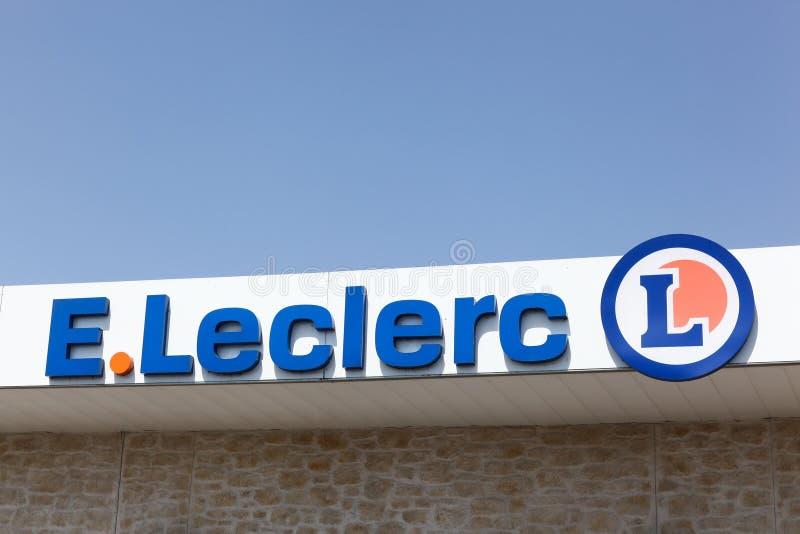 Leclerc logo på en vägg arkivbild