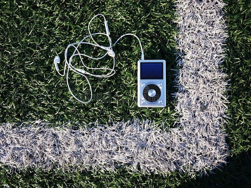 Lecteur MP3 personnel à écouter vos airs, artistes et musique préférés Ce joueur prend peu d'espace, pèse le peu de photos libres de droits