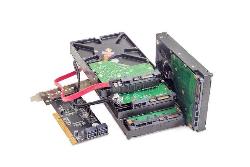 Lecteurs de disque dur, carte du contrôleur de disques et câbles photographie stock