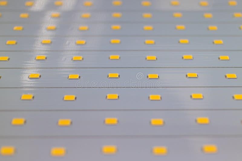 LED显示器的,电视和灯箱被带领的背后照明串模块 免版税图库摄影