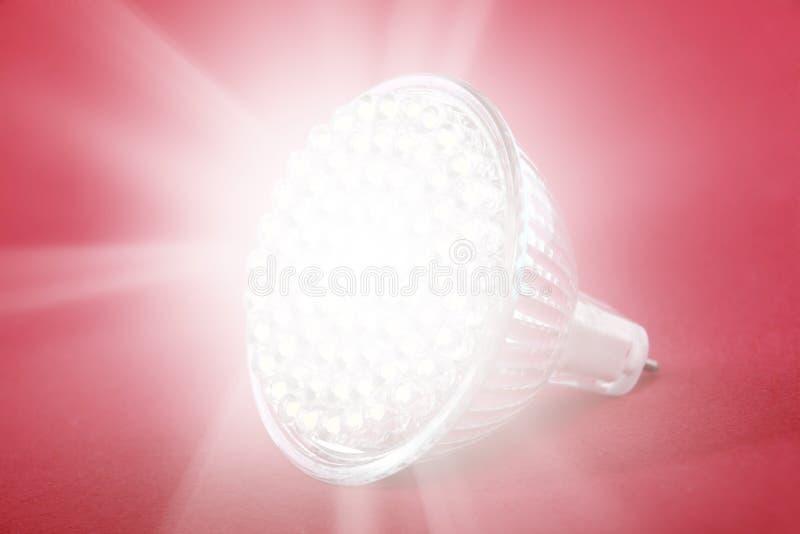 LED-Glühlampepunktleuchte lizenzfreie stockfotos