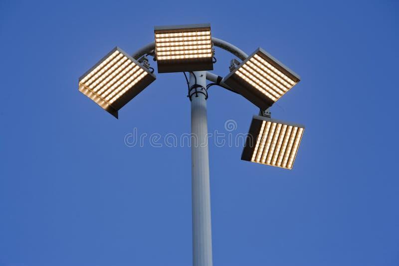 LEDD lampstolpe royaltyfri foto