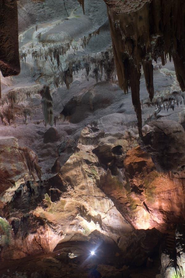 Ledenika Höhle lizenzfreie stockfotografie