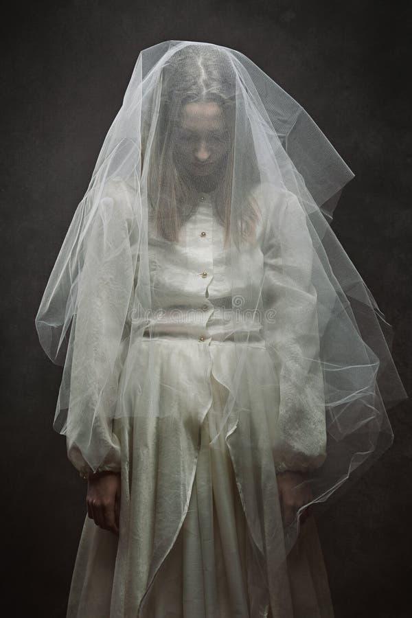 Ledsen victorianbrud royaltyfri foto