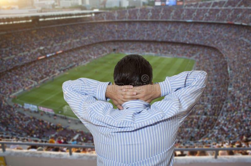 Ledsna fotbollfans royaltyfri fotografi