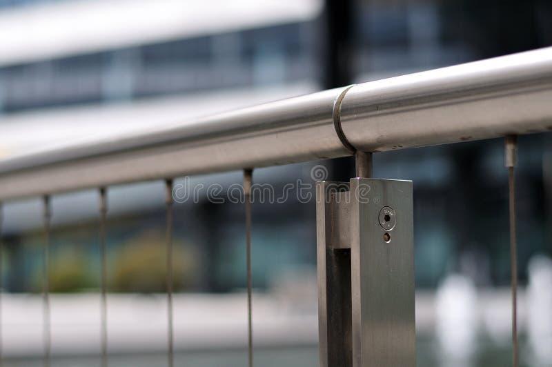 Ledstång av en bannister av rostfritt stål arkivfoton