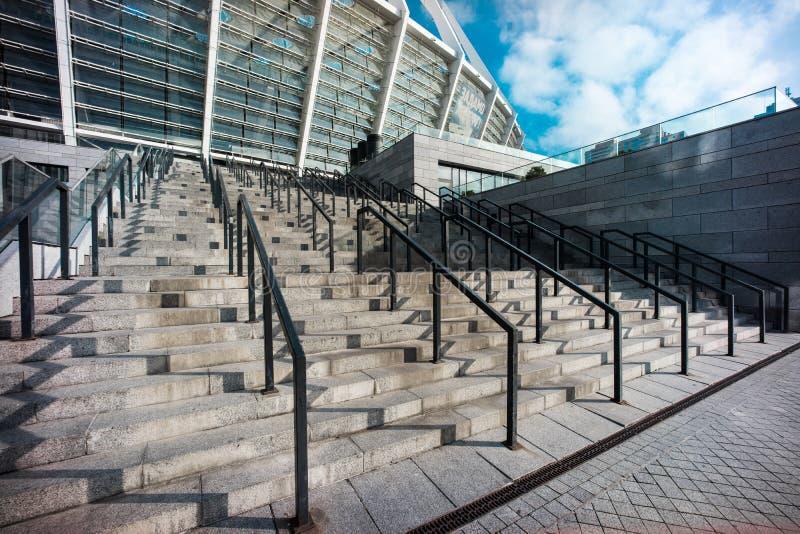 Ledstångsammansättning på stadion för NSC Olimpyiskiy i Kyiv royaltyfria bilder