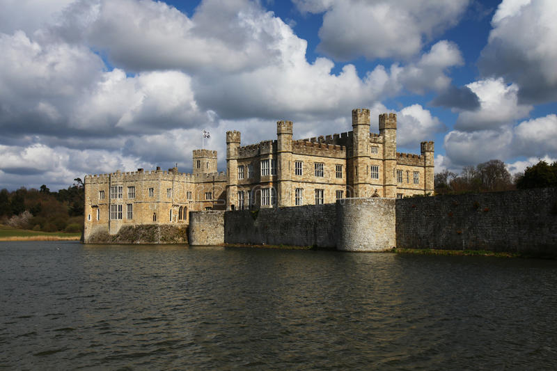 Download Leeds Castle in England stock image. Image of palace - 25092579