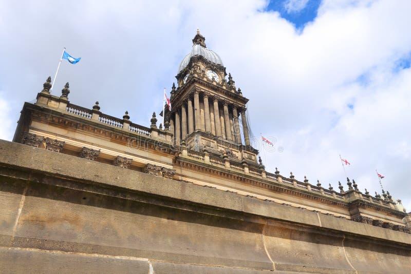 Leeds Reino Unido - ayuntamiento fotos de archivo