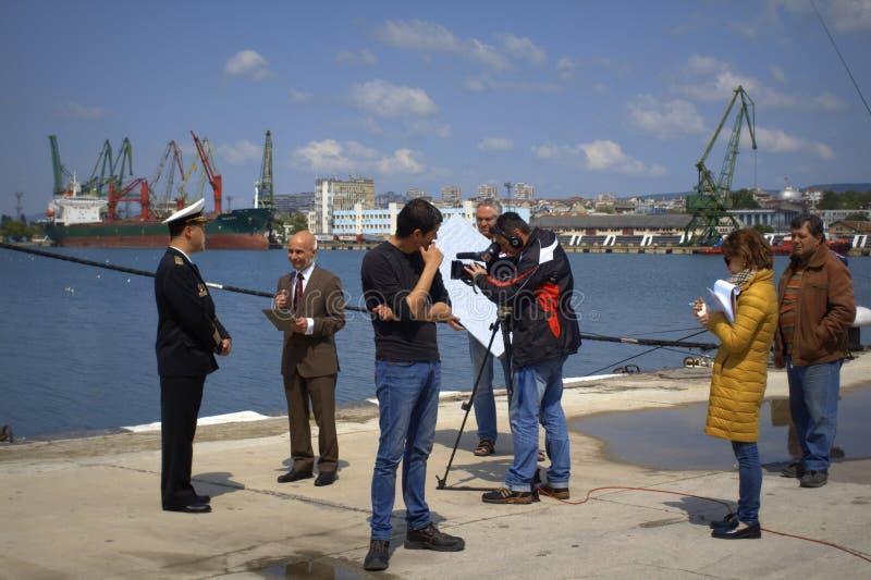 Leef t.v.-uitzending van haven Varna stock afbeelding