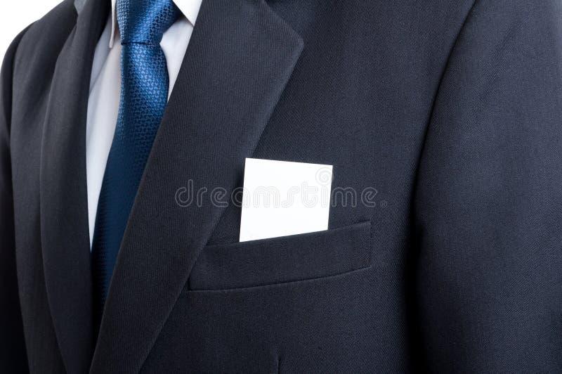Leeg adreskaartje in het jasjezak van het bedrijfsmensenkostuum stock afbeelding