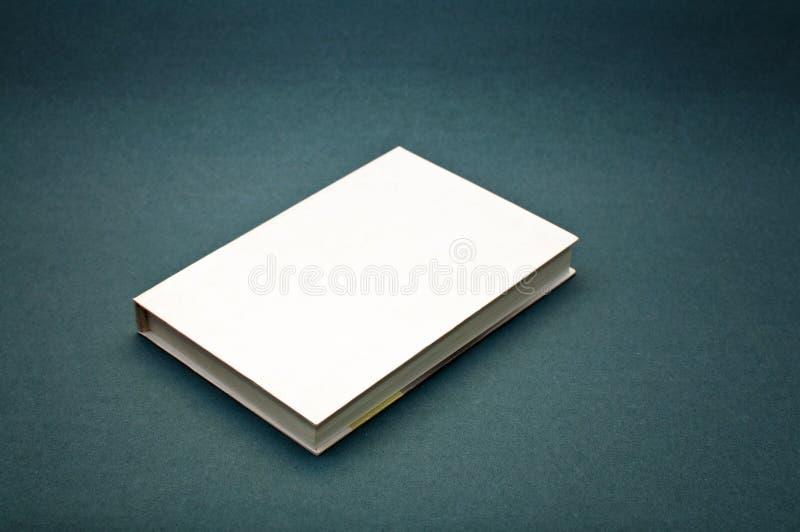 Leeg dekkings wit boek royalty-vrije stock afbeeldingen