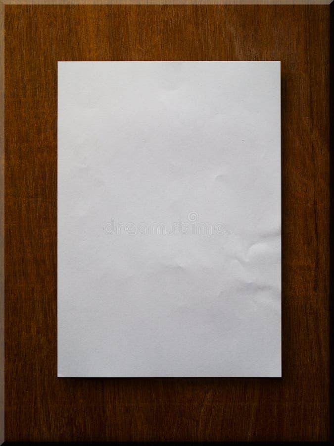 Leeg Document op Hout royalty-vrije stock foto's