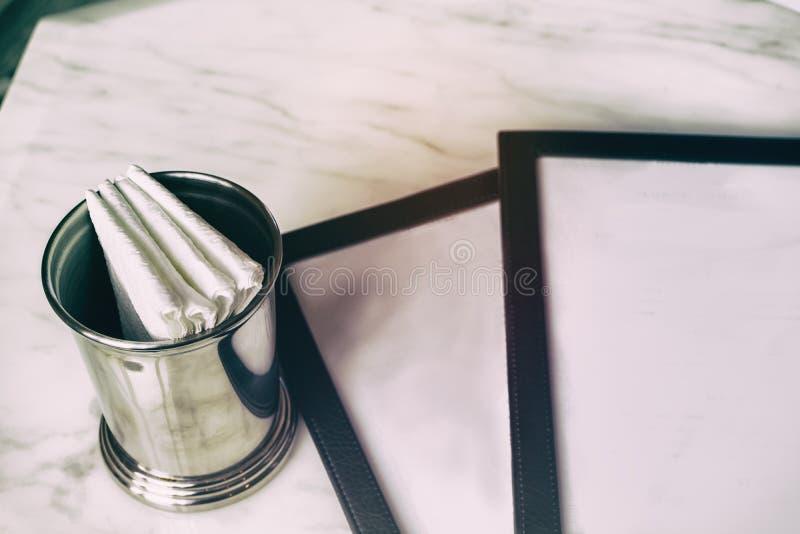 Leeg menu met document servet royalty-vrije stock foto