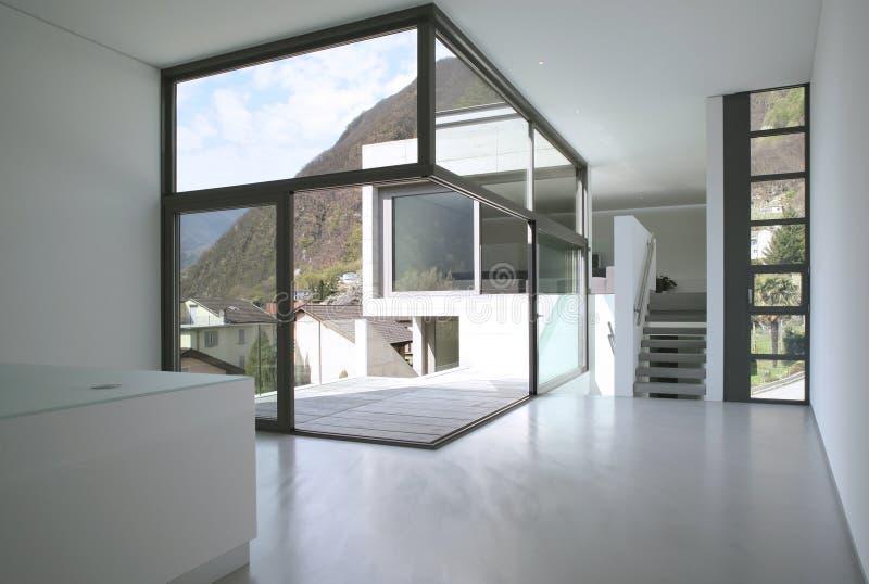 Leeg modern huis stock foto