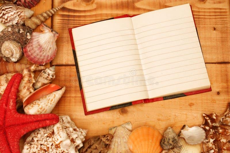 Leeg notitieboekje stock foto's