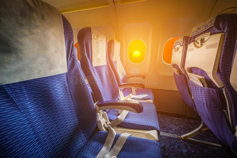 Leeg zetelsbinnenland van een vliegtuig royalty-vrije stock afbeelding