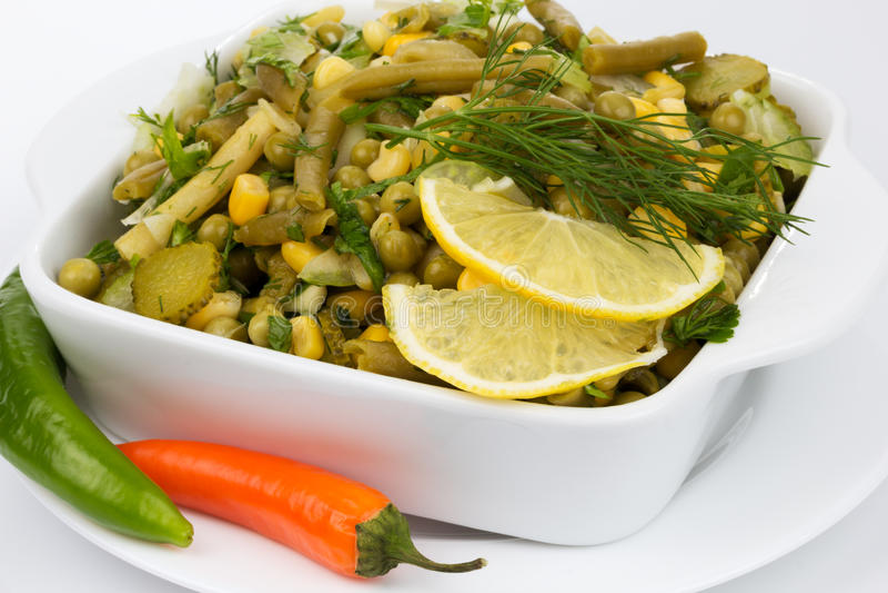 Leek sałatka z grochami i fasolkami szparagowymi obraz stock