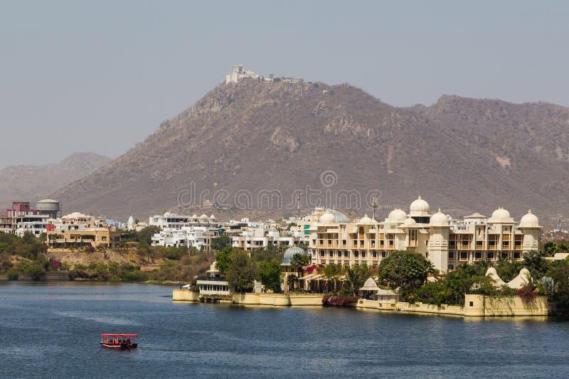 Leela Palace et palais de mousson dans Udaipur photos libres de droits