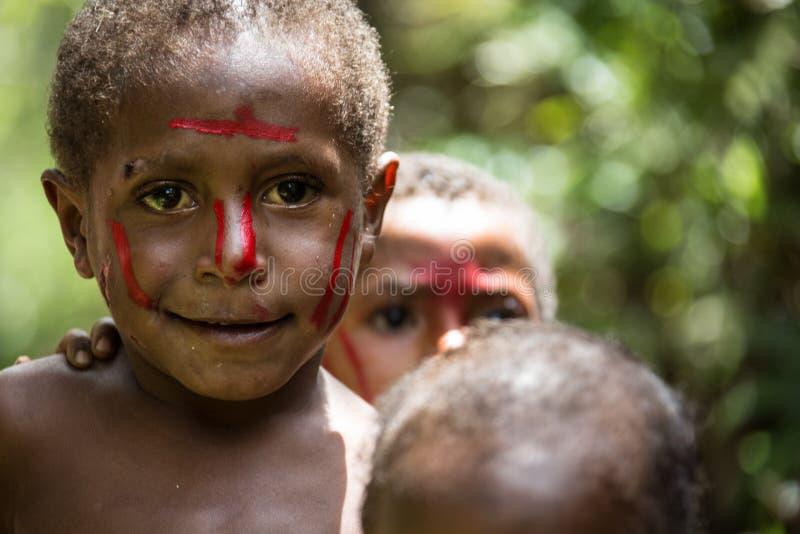 Leenden av Papua Nya Guinea royaltyfri fotografi