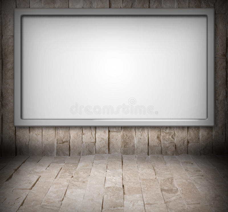 Anschlagtafel auf einer Steinwand stockbilder