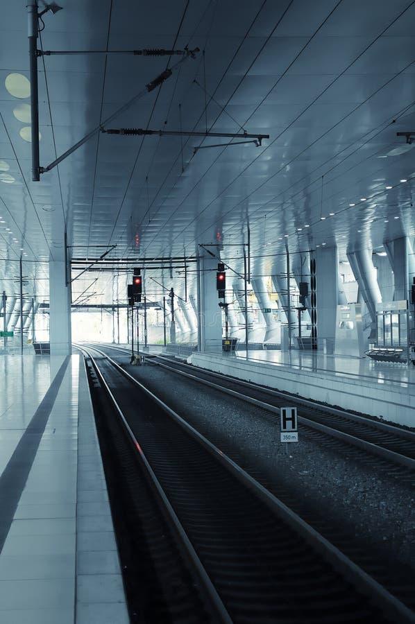 Leere Bahnstation (Deutschland) stockbilder