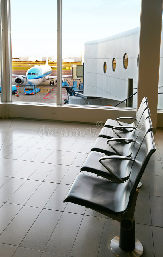 Leere Flughafenhalle stockfoto