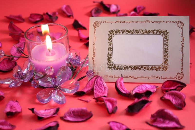 Leere Gruß-Karte mit Kerze stockbild