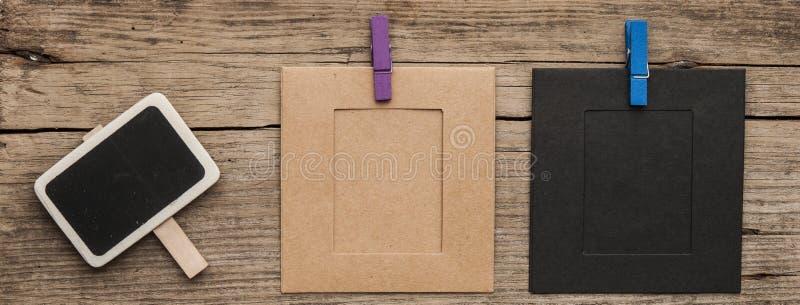 Leere kleine schwarze Tafel lizenzfreie stockbilder