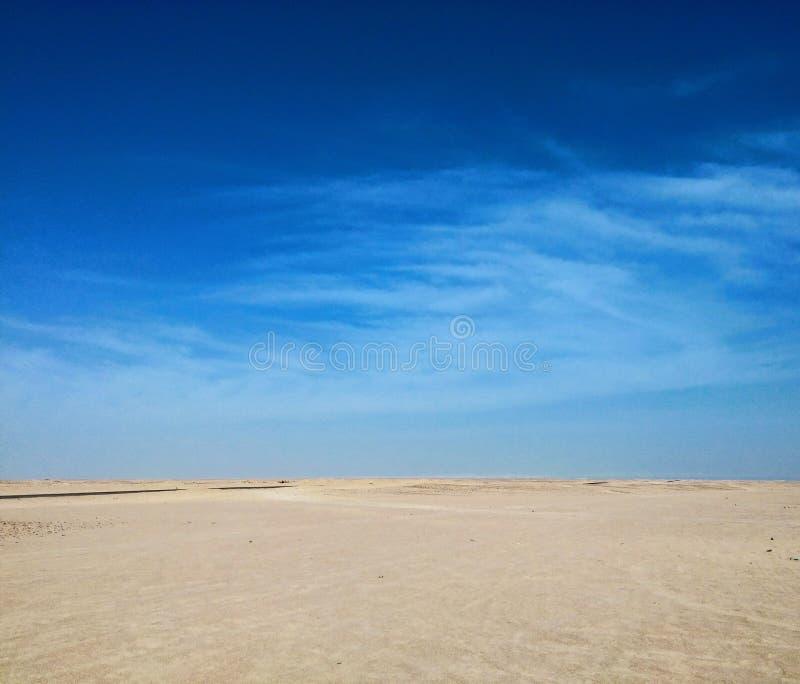 Leere Wüste lizenzfreie stockbilder